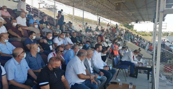 CHP'Lİ ÖZTUNÇ, KAHRAMANMARAŞSPOR MAÇI İÇİN OSMANİYE'DE