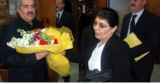 Elbistan'da Yaşlılardan Belediye Ziyareti