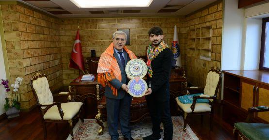 İNCECİK'TEN REKTÖN CAN'A ZİYARET