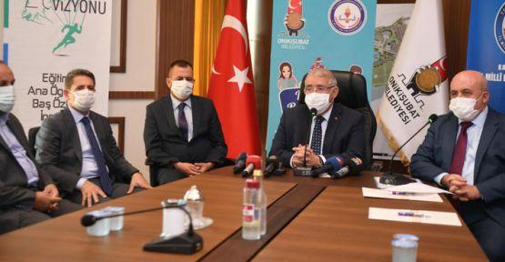 """""""KAHRAMANMARAŞ BİLGİYLE BULUŞUYOR"""" PROJESİ"""