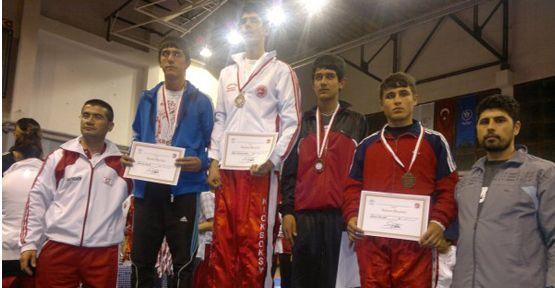 Kahramanmaraş'a Kickboks'ta 5 Madalya