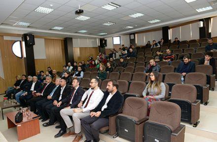 """KSÜ ORMAN FAKÜLTESİNDE """"ÜNİVERSİTE-SANAYİ BULUŞMASI"""" KONFERANSI"""