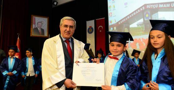 KSÜ ÜNİVERSİTE'SİNDE ÇOCUKLARA DİPLOMA
