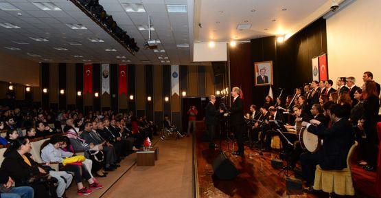 KSÜ'DE SADETTİN KAYNAK ESERLERİ KONSERİ DÜZENLENDİ