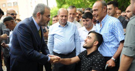 MAHİR ÜNAL'A ELBİSTAN'DA YOĞUN İLGİ