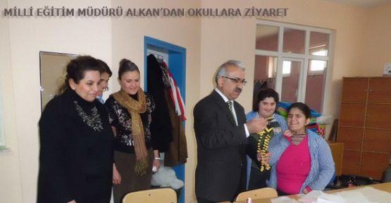 Milli Eğitim Müdürü Alkan Okulları Ziyaret Ediyor