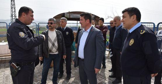 OSMAN OKUMUŞ'DAN POLİSLERE MORAL ZİYARETİ