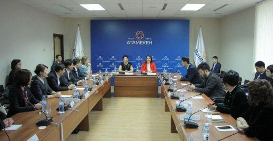 TÜRK İŞ KADINLARI VE İŞ ADAMLARINDAN KAZAKİSTAN'A 5 MİLYAR DOLARLIK YATIRIM SÖZÜ