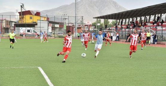 TÜRKOĞLU ELBİSTAN'I 1-0'A GEÇTİ