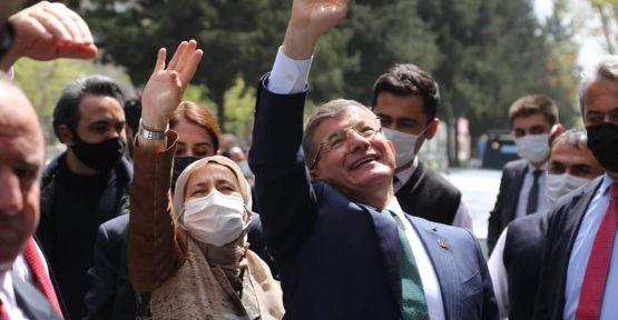 """""""YÜREĞİMİZ KAHRAMANMARAŞ İLE ATAR."""""""
